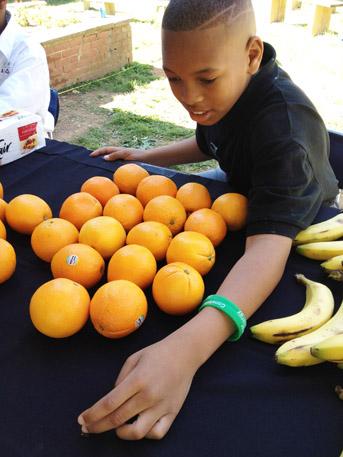 GSA - Energy Exchange - Boy with fruit